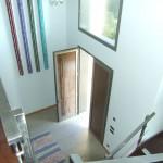 Hohe und helle Eingangshalle