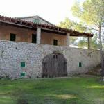 Historisches Natursteinhaus auf großem Grundstück und Meerzugang
