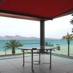 Terrasse mit automatischer Sonnenmarkise